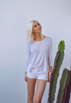 "Amanda of ""One of Each"" wearing UO's top #urbanoutfitters"