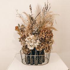 Florist, New Zealand Vase, Home Decor, Decoration Home, Room Decor, Vases, Home Interior Design, Home Decoration, Interior Design, Jars