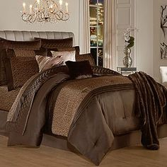 Kardashian Kollection Home 4-pc Comforter Set - Desert Dreams - Bed & Bath - Decorative Bedding - Bedding Collections