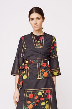 Stylein - Jarvis Blouse in flower print Bell Sleeves, Bell Sleeve Top, Fall 2018, Flower Prints, Blouse, Stuff To Buy, Tops, Women, Fashion