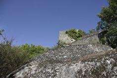 Castelo do Pontido em Vila Pouca de Aguiar, no Distrito de Vila Real, Região Norte de Portugal.  Fotografia: Fernando DC Ribeiro no Flickr.