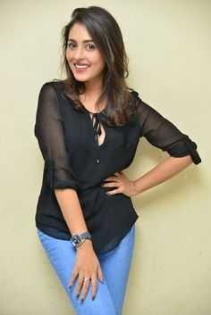 Madhu Shalini hot pics in black dress Girl Pictures, Girl Photos, Ladies Vs Ricky Bahl, Very Beautiful Woman, Prettiest Actresses, Photoshoot Images, Cinema Actress, Actress Pics, Malayalam Actress