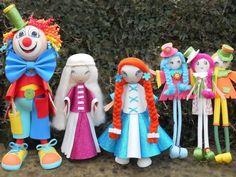 FOFUCHAS CLOWN, PRINCESSES & TRIPLES : La famille fofuchas s'agrandit avec 6 nouveaux personnages. Je vous les présente dans notre atelier vidéo.