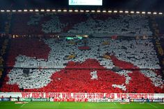 "Just under the map, a banner says ""Wer nach Hause will, muss sich auf den Weg machen"", that means: ""Who wants to go home, must make his way"". Bayern Munchen is finally coming back in Allianz Arena."