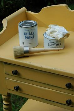 Love this color :) Annie Sloan Arles Yellow. Tami would love this color for the cabin. Yellow Coffee Tables, Redo Furniture, Painted Furniture, Diy Painting, Chalk, Paint Furniture, Furniture Rehab, Furniture Makeover, Annie Sloan Painted Furniture