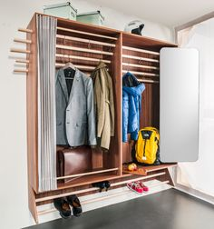 Living in a shoebox | A wardrobe for a narrow hallway