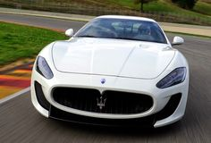 2015 Maserati GranTurismo Coupe - The Maserati GranTurismo looks just as great with a settled or convertible rooftop and offers a Ferrari-assembled V-8 for the individuals who need comparable power in an alternate Italian wrapper.