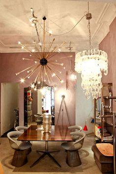 Murano Glass Chandelier, large Sputnik Chandelier, Italy 1960s and Warren Platner Chairs at Vintage Shop Firma London, Berlin