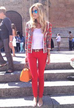 http://cdn.chicisimo.com/thumbs/files/2013/10/blanco-rojo-chaquetas-pantalones~look-main-single.jpg