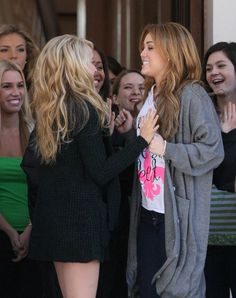 Miley Cyrus films So Undercover