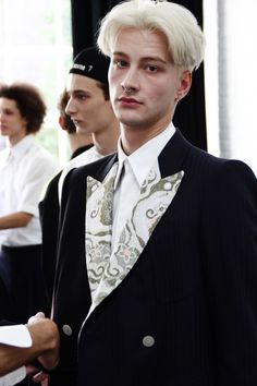 Benjamin Jarvis & Dominik Hahn & Abiah Hostvedt Photographed by Jae Foo Backstage @ Antonio Azzuolo Spring/Summer 2015 Cool Haircuts, Ss 15, Spring Summer 2015, White Hair, Backstage, How To Look Better, Handsome, Mens Fashion, Hair Styles