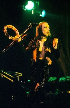 Brian Eno Rock Band Photos, Rock Bands, Brian Eno Roxy Music, Baby Kiss, Glam Rock, Favorite Person, Rock N Roll, My Hero, Concert