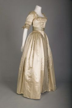 1918 Wedding dress; silk satin, lace, and silk flowers | Flickr