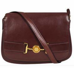 How to get smoke and musty mildew smells out of your handbag - Shopping Bag How to - handbag.com