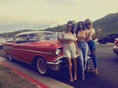 1.2 m vind-ik-leuks, 4,418 reacties - Kim Kardashian West (@kimkardashian) op Instagram: 'Palm Springs '