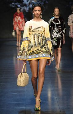 """Dreaming of Olympus"" was the theme of @Jennifer Souza & Gabbana's #SS14 collection at #MFW today, and with it a focus on ancient Greek gods and g..."
