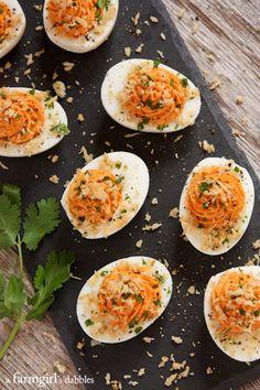 Sriracha Deviled Eggs with Garlic Toast Crumb Topping - afarmgirlsdabbles.com