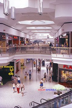 This Is The View From South Court Right In Front Of Sears Gimbels Visible At Far End Northridge A Defunct Ping Mall Milwaukee Wi
