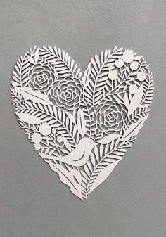 giochi di carta. Paper cut. A collection of hearts for Valentine's Day! At My Paisley World. http://mypaisleyworld.blogspot.com/