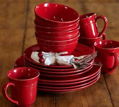 Shop Pottery Barn for table settings and dinnerware in classic and seasonal styles. Ikea Dinnerware, Farmhouse Dinnerware Sets, Casual Dinnerware Sets, Fine China Dinnerware, Stoneware Dinnerware Sets, Tableware, Cottage Style Decor, Red Cottage, Pottery Barn Christmas