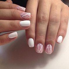 Nail art blanc artistique