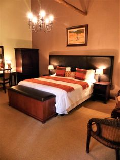 #KaingoExperience Each en-suite room has an African wildlife theme and can accommodate two people, in either a double or twin beds dressed in white linen and African throws. #KaingoElephantLodge www.kaingosafari.com