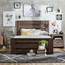 Hayward Mansion Customizable Bedroom Set