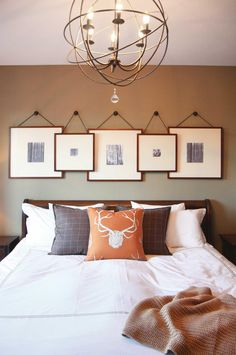 5 ways to create a picture gallery, from insideout.com.au. Image courtesy of Execution Design Studio.