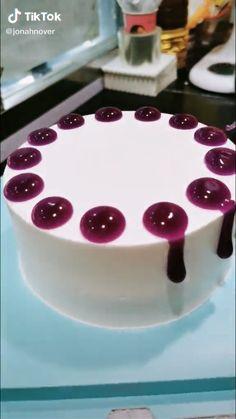 Cake Decorating Frosting, Creative Cake Decorating, Cake Decorating Designs, Cake Decorating Videos, Cake Decorating Techniques, Baking Ideas Creative, Lemon Dessert Recipes, Fun Baking Recipes, Cake Recipes