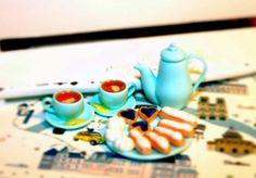 http://www.ebay.com/itm/Bon-Appetit-Handmade-Doll-House-Miniature-Set-polymer-clay-/322293989971?ssPageName=STRK:MESE:IT #dollhouse #polymerclay #paris #france