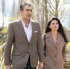 Turkish Actors, Diy Fashion, Cute Couples, Tv Series, Suit Jacket, Breast, Suits, Jackets, Men