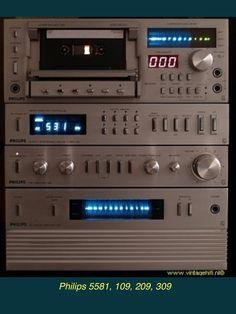 PHILIPS HiFi MINISET (1981): N5581 Cassettedeck, Long-Life Heads, Digital Tuner AH 109 T, HiFi Pre-Amp AH 209 SA (0,002 % dist), Main Amp AH 309 PA 2x65 W continue. All made in Japan. Hi Fi System, Audio System, Old Scool, Retro, Tvs, Made In Japan, Hifi Audio, Vintage Music, Audio Equipment