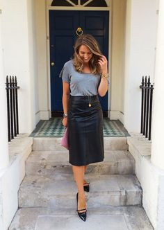 Black Leather Midi Skirt + Well Fitted Grey T Shirt Leather Midi Skirt, Black Leather Skirts, Denim Skirt, Rocker, Classic Wardrobe, Grey Tee, Gray Skirt, Skirt Fashion, Timeless Fashion