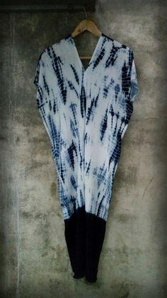 shibori indigo.100% cotton by. saruda kantawong.(ศรุดา กันทะวงค์) ออกแบบลายผ้ามัดย้อม และสอนมัดย้อมสไตล์ชิโบริ โทร.092-3969644 FB. saruda katawong