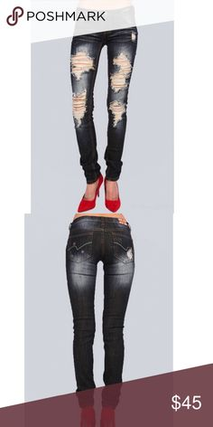 Boutique Destructed Skinny Jeans Machine destructed darkwash skinny jeans. Destructed fronts and back pockets. Some stretch to the fabric for a perfect fit. Juniors sizing with exact waist measurements. 97% Cotton and 3% Spandex. Junior size/waits inches: 0/25 1/26 3/27 5/28 7/29 9/30 11/31 13/32 madigold & park Jeans Skinny