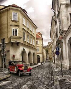 City Streets - Prague, Czech Republic www. - See Pic Places Around The World, Oh The Places You'll Go, Places To Visit, Wonderful Places, Beautiful Places, Prague Travel, Prague Czech Republic, Heart Of Europe, Romantic Places