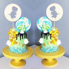 ||| CAKE TOPPERS ||| Lets talk serious... Can someone please deliver me one of these  I'm salivating just looking at it!!! ||  @blondebakingmama ||