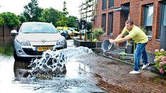 Bouwers moeten verplicht worden om klimaatbestendige gebouwen op te leveren. Anders krijgen inwoners steeds vaker natte voeten. Die oproep doet de Unie van Waterschappen.