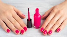 How To Dry Your Nail Polish Faster - How To Dry Your Nail Polish Faster Esha Saxena October 2018 If you love painting your nails but hate waiting for your polish to d. Uv Gel Nagellack, Nagellack Design, Makeup Tips, Beauty Makeup, Hair Beauty, French Nails, Machine Learning Uses, Make Up Tricks, How To Make