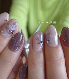 木蓮 Nail Desing e. Gel Nail Designs, Cute Nail Designs, Fancy Nails, Trendy Nails, Crazy Nail Art, Chic Nails, Nail Polish Art, Flower Nail Art, Finger