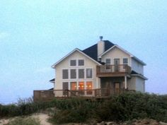 VRBO.com #105457 - Beautiful Beachfront Property W/Private Walkover to the Beach