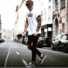 111 fashion ideas you can try from men's outfits hip hop street style - page 2 Mode Outfits, Casual Outfits, Men Casual, Fashion Outfits, Fashion Ideas, Fashion Trends, Style Streetwear, Streetwear Fashion, Man Street Style