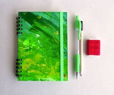 Notebook DIN A6. Hardcover and elastic band. Hand by kinmcuadernos, €12.00