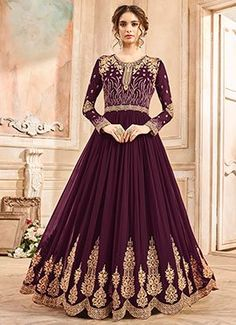 Anarkali Suits - Buy Indian Anarkali Suits with the latest designs and attractive offers online. Best collection of Partywear and festive wear Anarkali Dress for women. Pakistani Formal Dresses, Indian Dresses, Indian Outfits, Silk Anarkali Suits, Anarkali Dress, Lehenga, Indian Anarkali, Salwar Suits, Oriental Fashion