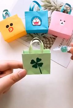 paper hand bag - The Effective Pictures We Offer You About diy face mask sewing pattern A quality picture can tell - Diy Crafts Hacks, Diy Crafts For Gifts, Diy Arts And Crafts, Creative Crafts, Fun Crafts, Diy Projects, Diy Gifts Videos, Doll Crafts, Preschool Crafts