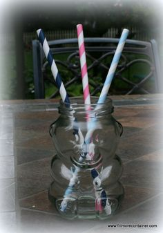 Child's party or baby shower. Straws & Bear at www. Mason Jar Drinks, Honey Bear, Party Ideas, Gift Ideas, Paper Straws, Shower Party, Fun Drinks, Glass Jars, Baby Showers