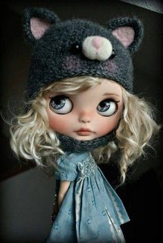 Cutie of the Day  by SueDolls (I think) Check all Blythe Doll Customizers at www.dollycustom.com