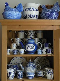Emma Bridgewater Blue Hen 6 Pint Jug on display