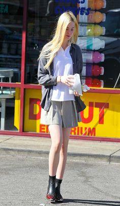 ELLE FANNING SKIRTS | elle fanning mini skirt dress style elle fanning mini skirt
