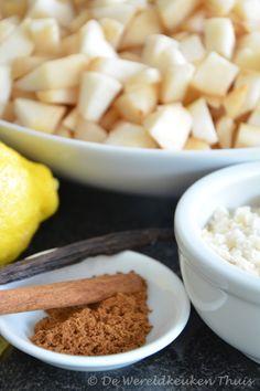 De ingrediënten voor de perencompote